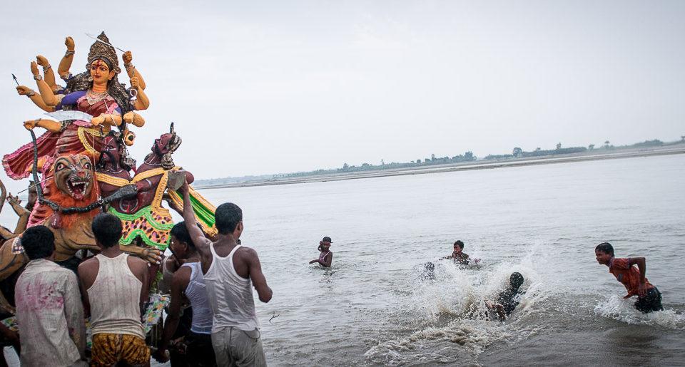Durga Puja auf dem Land