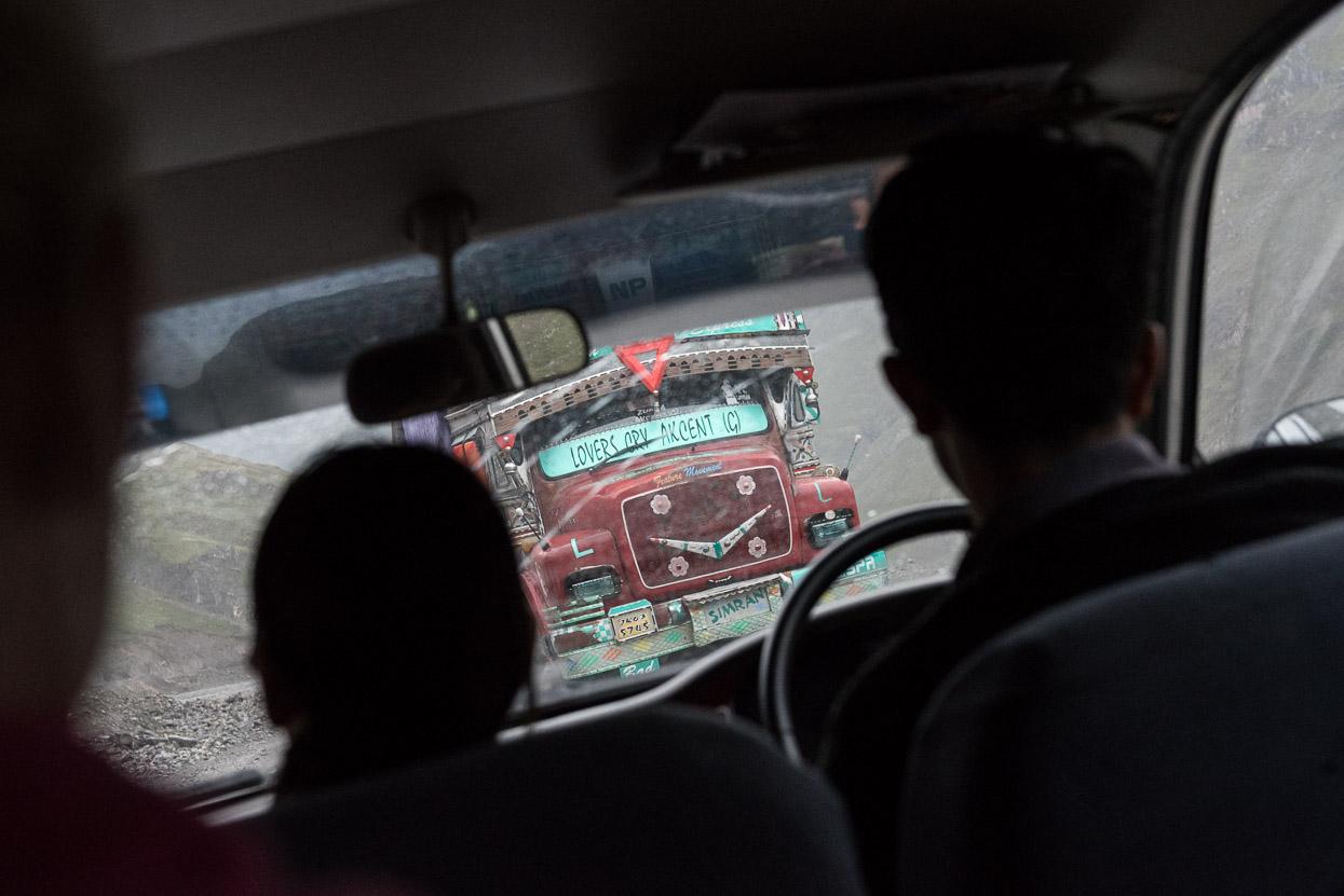 indian truck on srinagar leh highway